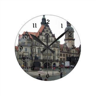 Reloj de pared de Dresden Alemania