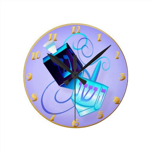 Reloj de pared de giro Dreidels-Feliz dos