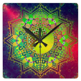 Reloj de pared de la balanza de Yin Yang de la luz