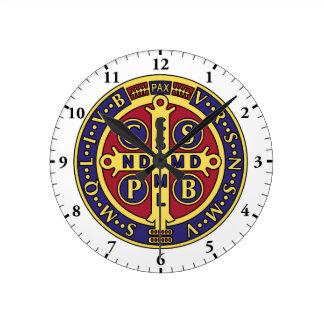 Reloj de pared de la cruz de la medalla de San Ben