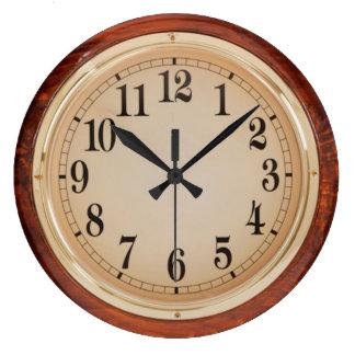 Reloj de pared de la escuela