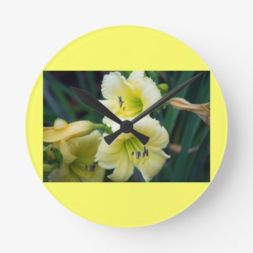 Reloj de pared de la flor