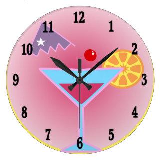 Reloj de pared de la hora del cóctel