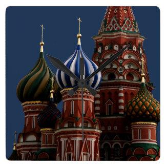Reloj de pared de la iglesia de Moscú Rusia