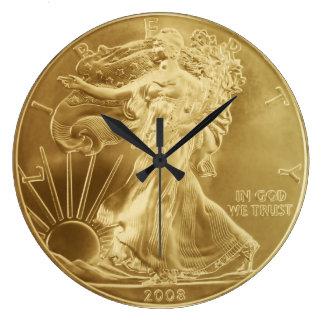 Reloj de pared de la moneda de oro
