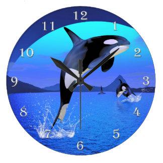 Reloj de pared de la orca