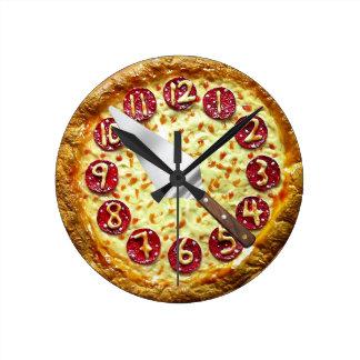 reloj de pared de la pizza de salchichones