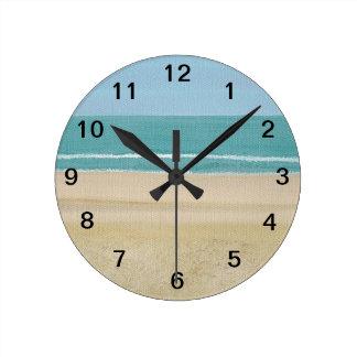 Reloj de pared de la playa de las ondas de cielo d