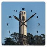 Reloj de pared de la torre de Coit ** descripción