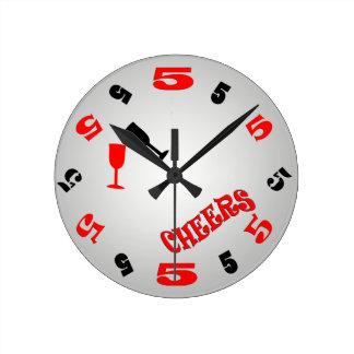 Reloj de pared de las alegrías de 5 en punto