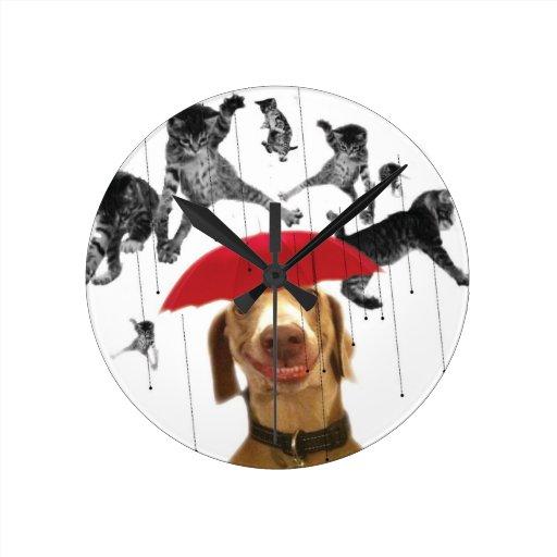 Reloj de pared de los gatos y de los perros