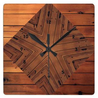 Reloj de pared de madera del cuadrado del diseño