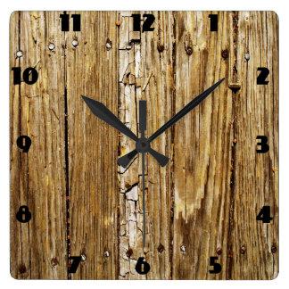 Reloj de pared de madera resistido de la cubierta