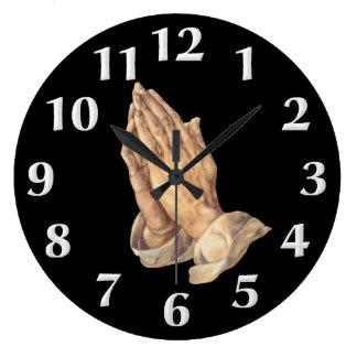 Reloj de pared de rogación de las manos