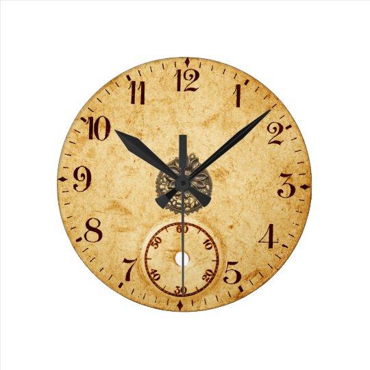 Reloj de pared decorativo antiguo
