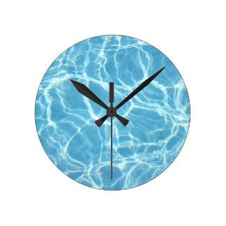 Reloj de pared del agua de la piscina