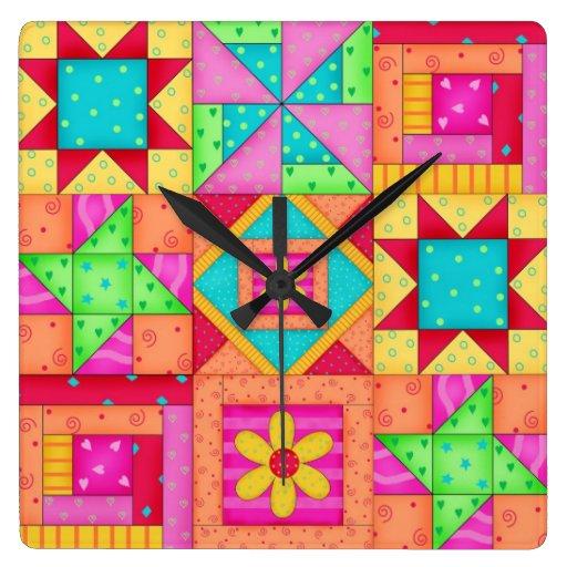 Reloj de pared del bloque del edredón multicolor