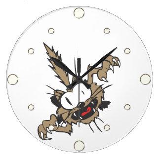 Reloj de pared del gatito del ataque