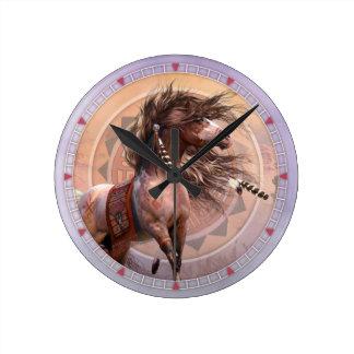 Reloj de pared del guerrero del alcohol