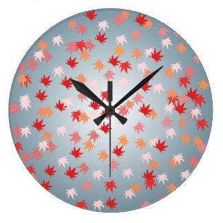 Reloj de pared del modelo de la hoja que cae