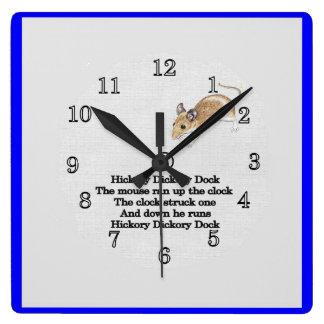 Reloj de pared del muelle de Dickory de la nuez du
