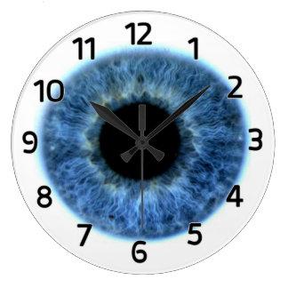 Reloj de pared del ojo azul