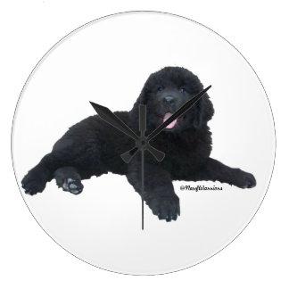 Reloj de pared del perrito del perro de Terranova