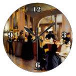 Reloj de pared del Shoppe 1889 de los pasteles del