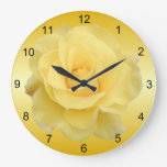 Reloj de pared delicado del rosa amarillo