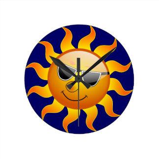 Reloj de pared divertido de Sun del verano