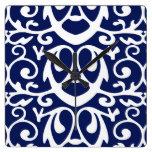 Reloj de pared elegante de los azules marinos y de