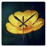 Reloj de pared floral de la flor del ranúnculo