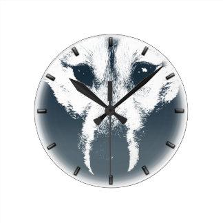 Reloj de pared fornido del perro del lobo de la