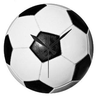 Reloj de pared grande del balón de fútbol