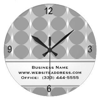 Reloj de pared gris moderno del modelo de los