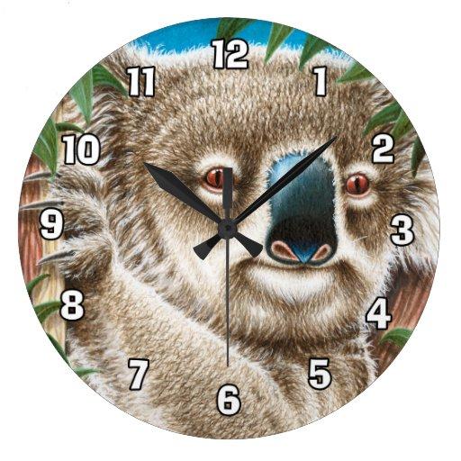 Reloj de pared lindo de la koala