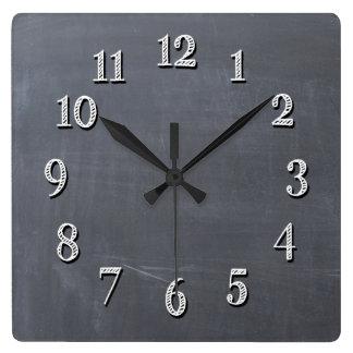 Reloj de pared lindo de la mirada de la pizarra