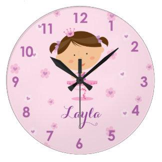 Reloj de pared lindo del chica de la bailarina del