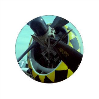 Reloj de pared medio del rayo P-47