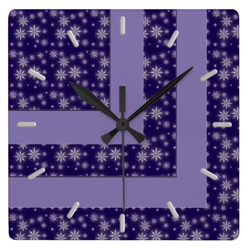Reloj de pared moderno del bloque del color