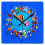 Reloj de pared pacífico de los niños en todo el mu