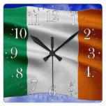 Reloj de pared patriótico orgulloso de la bandera