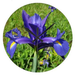 Reloj de pared púrpura del iris