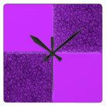 Reloj de pared púrpura del remiendo retro