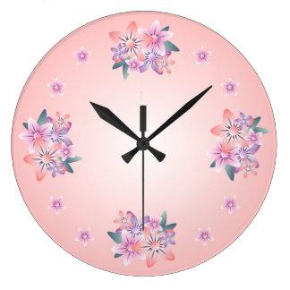 Reloj de pared púrpura rosado del ramo floral del