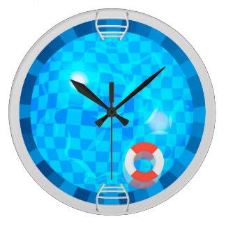 Reloj de pared redondo de la piscina