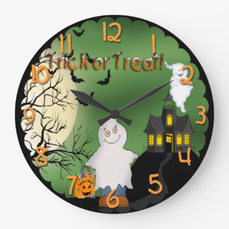 Reloj de pared redondo del fantasma del muchacho d
