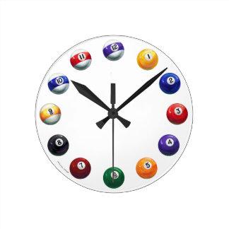 Reloj de pared redondo fresco de las bolas de pisc