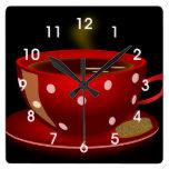 Reloj de pared rojo de la cocina de la taza del té