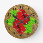 Reloj de pared rojo de Lauhala del hibisco